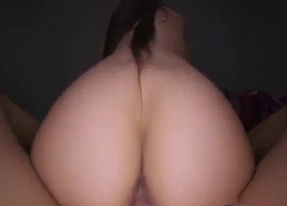 Mother enjoys hot pussy fucking in POV