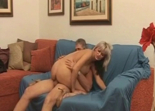 Old father fucks his divorced daughter