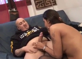 Arab daughter misbehaved and now has to suck
