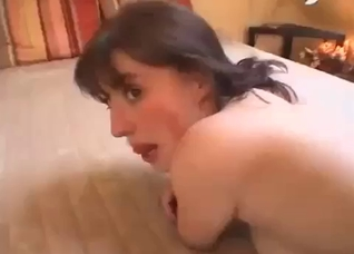 Mom uses a toy to plug her daughter's cunt