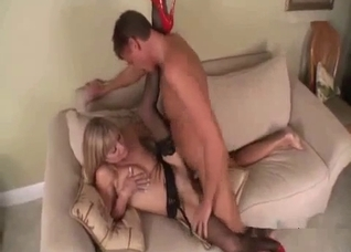 Scooping mother's pussy and she loves it