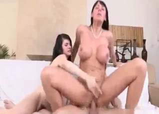 Hot mom teaches her daughter all the tricks