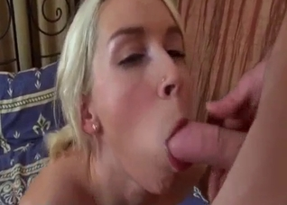Father can't resist his daughter's pussy