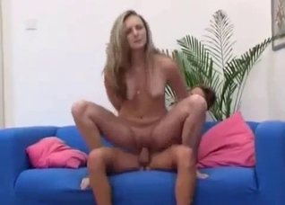 Slim mommy jumping on son's cock